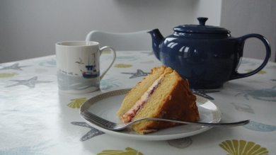 Teapot and coffee press is kept in the kitchen (cake not included..!)